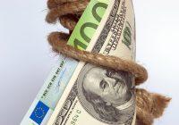 EURO DOLLARO AI MINIMI DAL 2017. E POTREBBE CALARE ANCORA