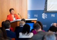 FMI: MODESTA RIPRESA ECONOMICA, MA L'ITALIA RIMANE AL PALO